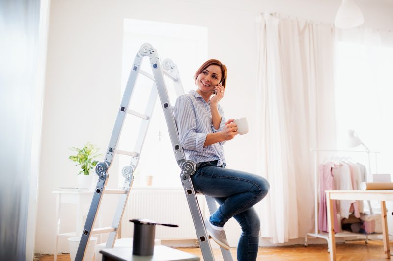 Safe Cleaning With Ladder Use Tips